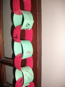 christmas chain 002