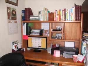 desk 002